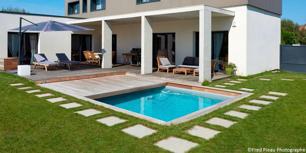 Les couvertures de piscines : pour allonger la saison des baignades