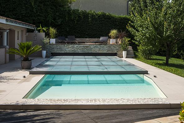 Zoom sur les abris de piscines ou de spas