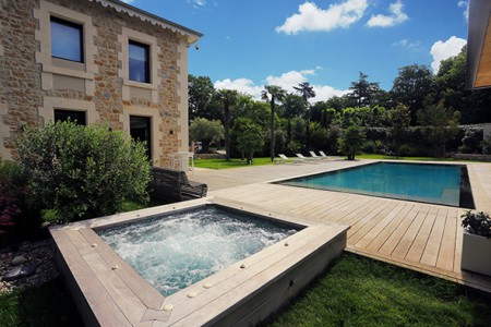 Chronique 11 / La piscine: l'atout santé & bien-être à la maison