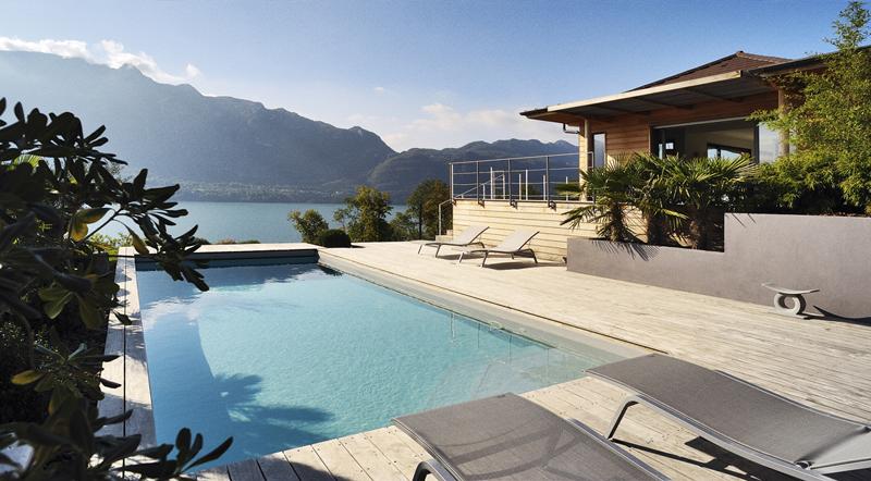 Les Français réservent toujours plus de locations de vacances avec piscine