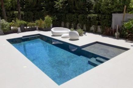 10èmes Trophées de la Piscine : catégorie piscine citadine inférieure à 30 m2 de forme angulaire