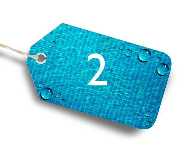 numéro 2 dans une étiquette ayant pour fond une piscine et qui illustre le second paramètre de l'équilibre de l'eau, le TH