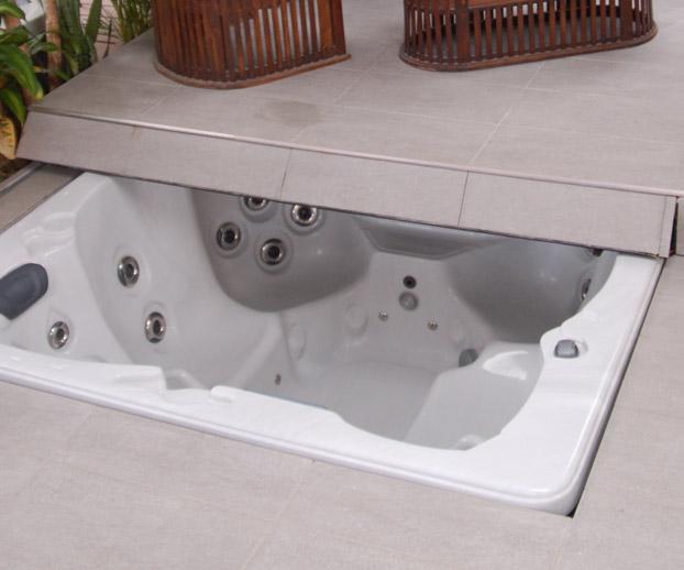 modèle de spa encastré